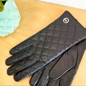 MICHAEL KORS Black Leather Winter Gloves